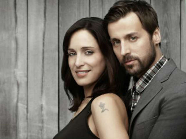 Moon vs Sun (Raine Maida and Chantel Kreviasuk)