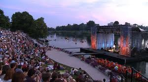 Concerts On The Canal - Pink Floyd Niagara